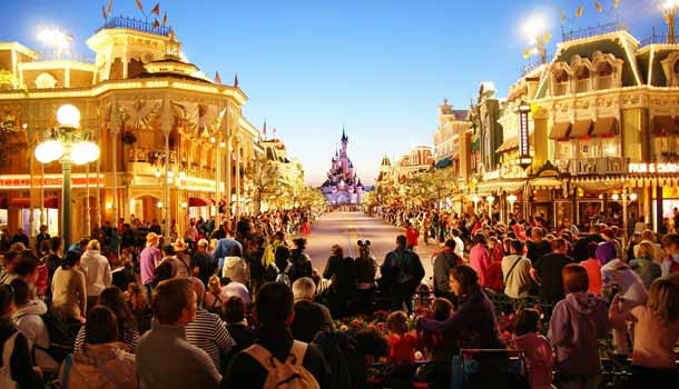 Hire mobility scooter or electric wheelchair to visit Disneyland Paris