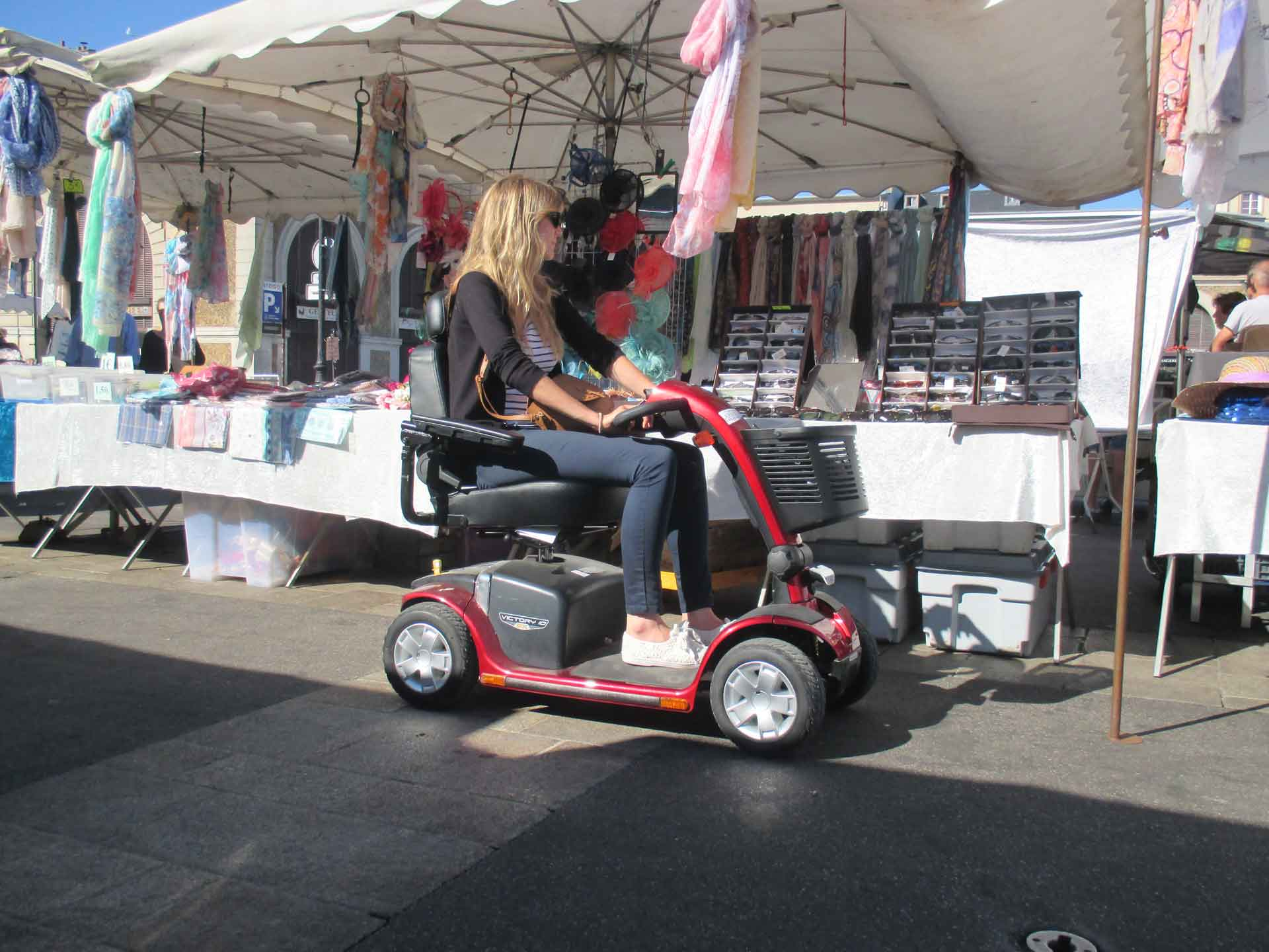 Electric scooter hire for the disabled, ideal for tourism and visiting